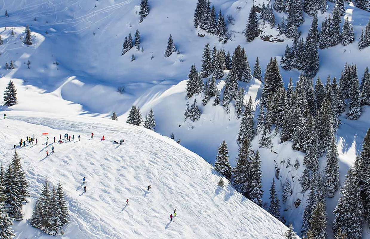 Morzine skiing is fantastic in the largest ski area in the world custom breaks - Multi pass portes du soleil ...